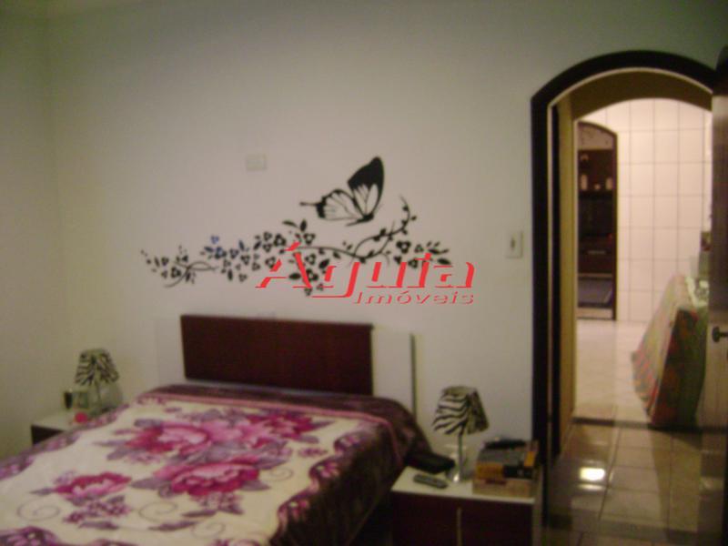 Casa de 2 dormitórios em Parque Erasmo Assunção, Santo André - SP