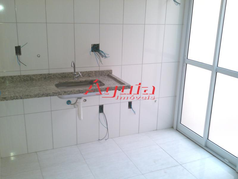 Apartamento de 2 dormitórios à venda em Vila Curuçá, Santo André - SP