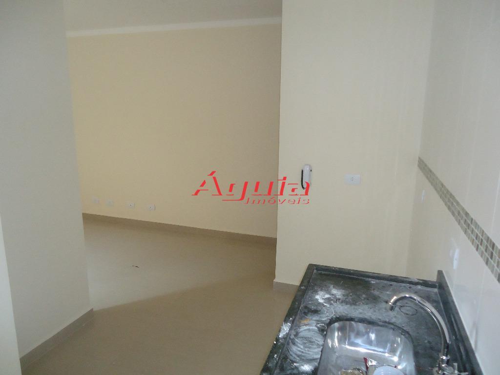 Apartamento de 2 dormitórios à venda em Jardim Santo Alberto, Santo André - SP