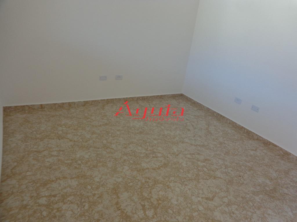 Sobrado de 3 dormitórios em Vila Lucinda, Santo André - SP