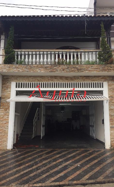 Sobrado residencial à venda, Vila Aquilino, Santo André.