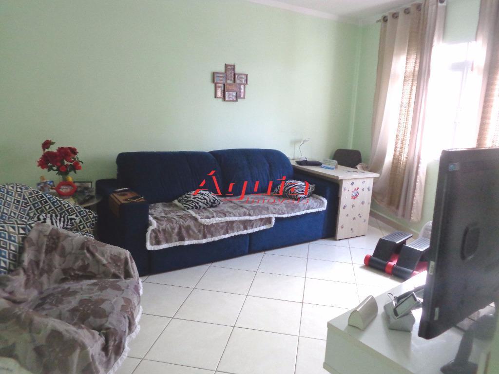 Sobrado de 3 dormitórios à venda em Jardim Santo Antônio, Santo André - SP