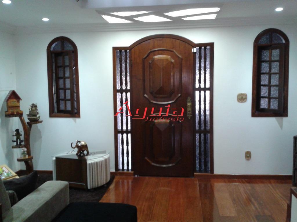 Sobrado com 4 dormitórios à venda, 242 m² por R$ 699.000 - Paulicéia - São Bernardo do Campo/SP