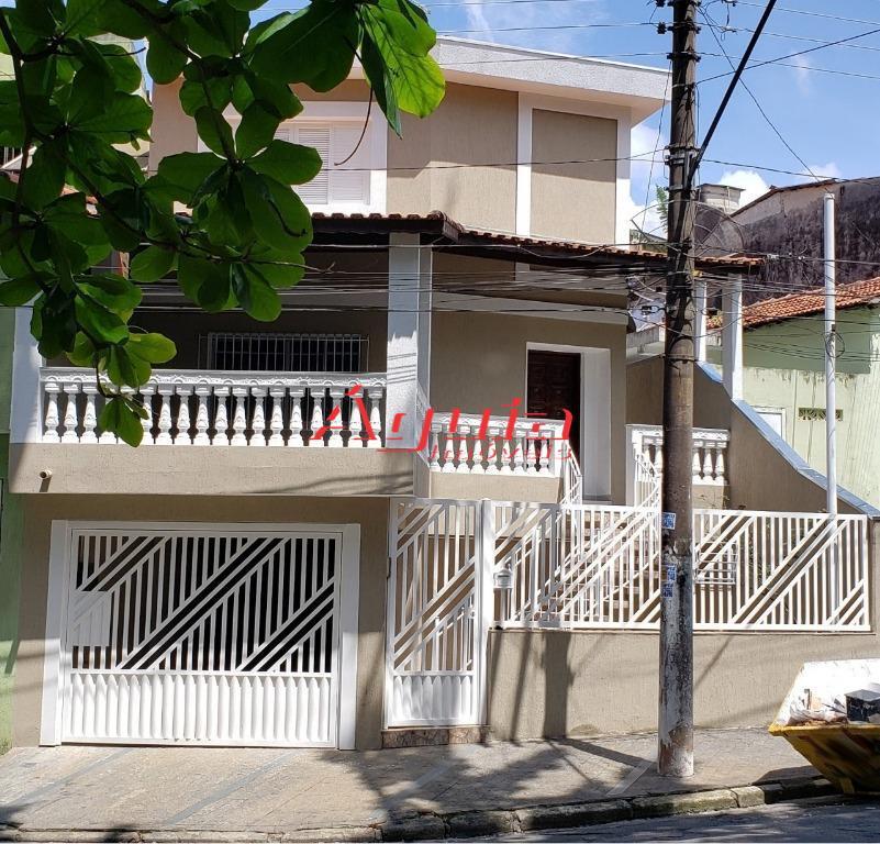 Sobrado com 2 dormitórios à venda, 136 m² por R$ 423.000 - Vila Cláudio - Santo André/SP