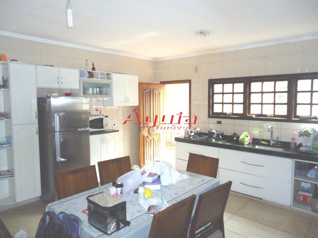 Casa com 3 dormitórios à venda, 280 m² por R$ 590.000 - Parq