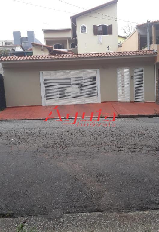Sobrado com 4 dormitórios à venda, 261 m² por R$ 900.000 - V