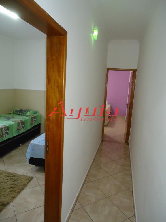 casa assobradada no jardim santo alberto / inteira reformada -com 2 dormitórios, sala com sacada, cozinha,...