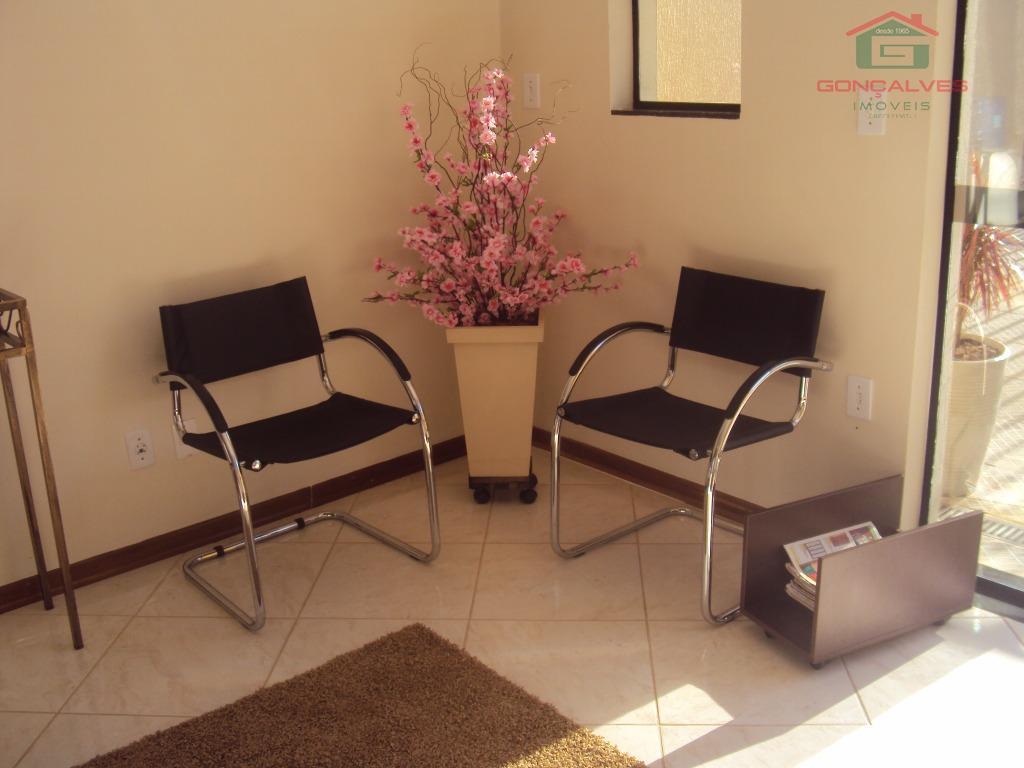 ótimo imóvel para instalar o seu negócio! sala de recepção, 2 salas, cozinha, banheiro e garagem....
