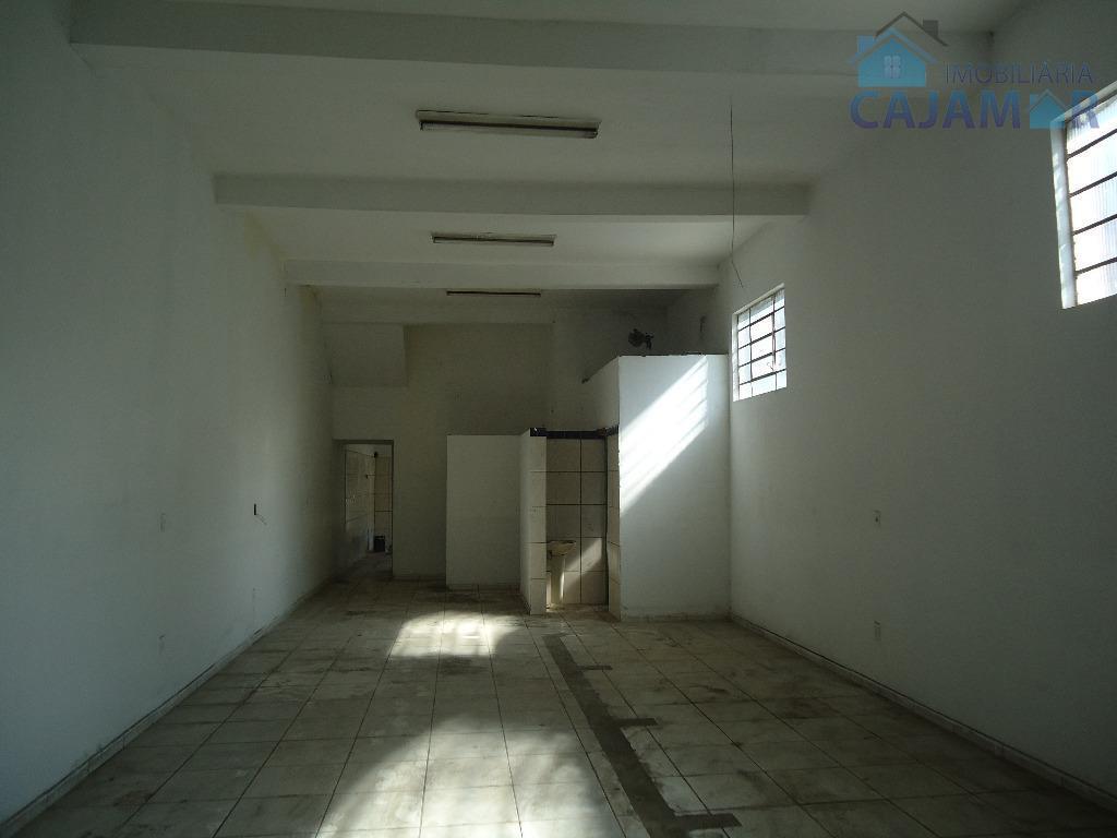 casa com salão para venda no guaturinho-casa no fundo avarandada;- 02 dormitórios amplos;- sala aconchegante; -...