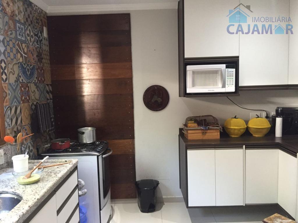 linda casa para venda em jordanésia.excelente casa, de alto padrão em condomínio scorpios, topo de serra...