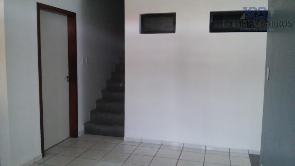 comercial, 200m da avenida, andar superior: 3 salas grandes s/ 1 c wc, ante sala, e...