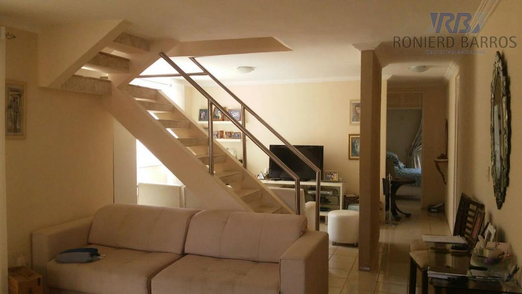 excelente casa duplex, sala 4 ambientes, lavabo, escritório, 5 suítes com varanda,despensa, cozinha.área de lazer com...