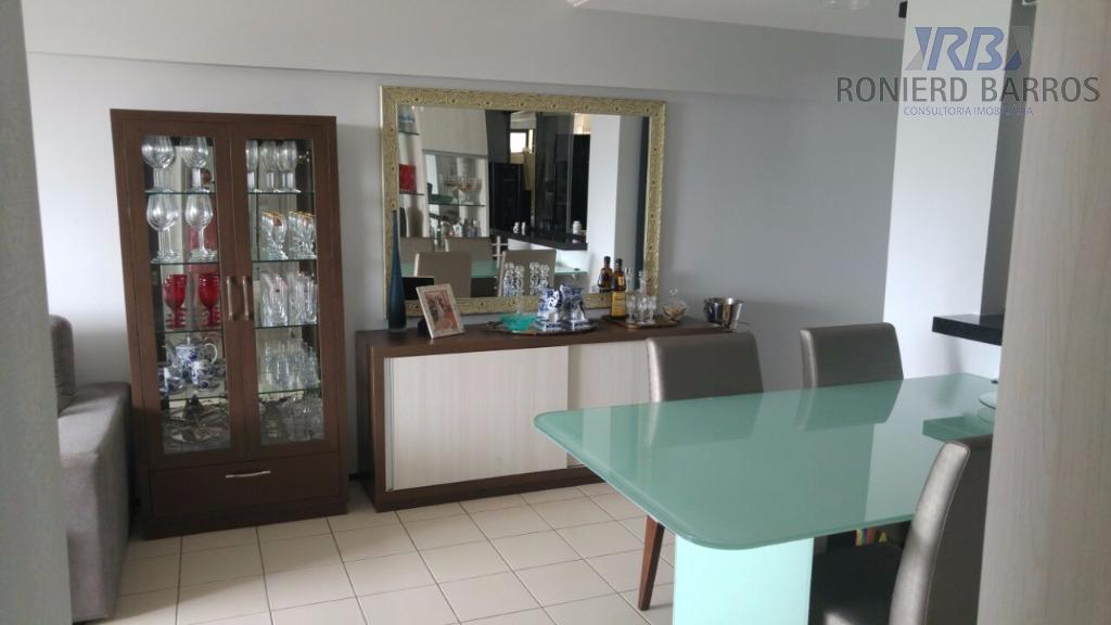 belíssimo apto em ótima localização,todo projetado, sala em 2 amb. climatizada, varanda, 2 quartos sendo 1...
