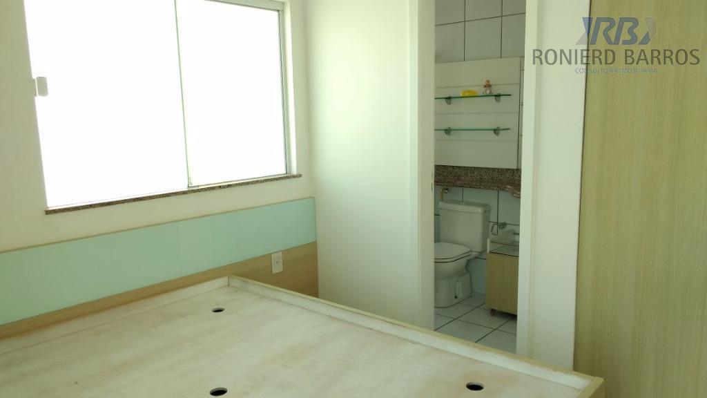 casa composta de sala de estar e jantar, três suítes, sendo uma master, escritório, dependência de...