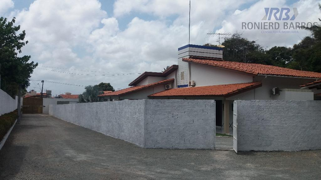 mansão no itapiracó, com 03 salas, 06 suítes, varanda, dependência de empregada, despensa, cozinha, área de...