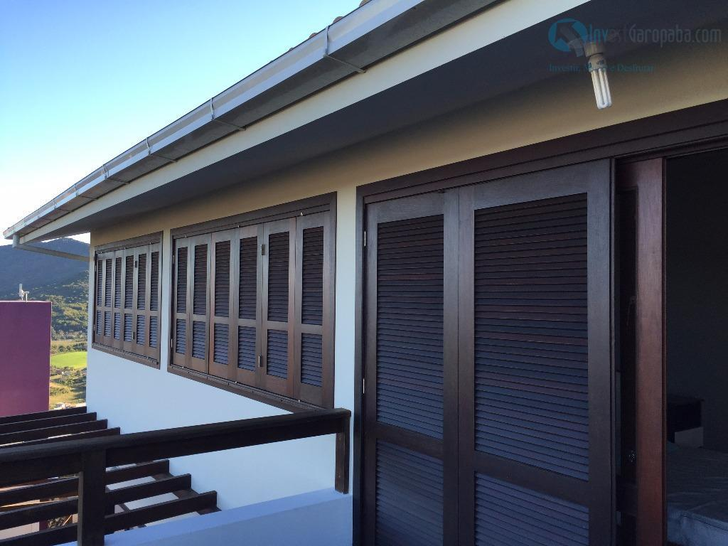 belíssima casa de alto padrão, linda vista para as praias e lagoas, ótimo acabamento, revestimento de...