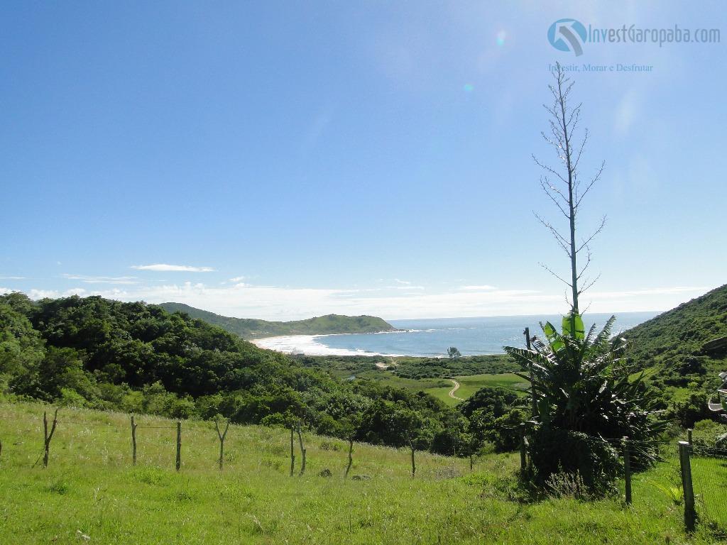 terreno com localização privilegiada, e a mais bela vista para a praia da silveira. viabilidade para...