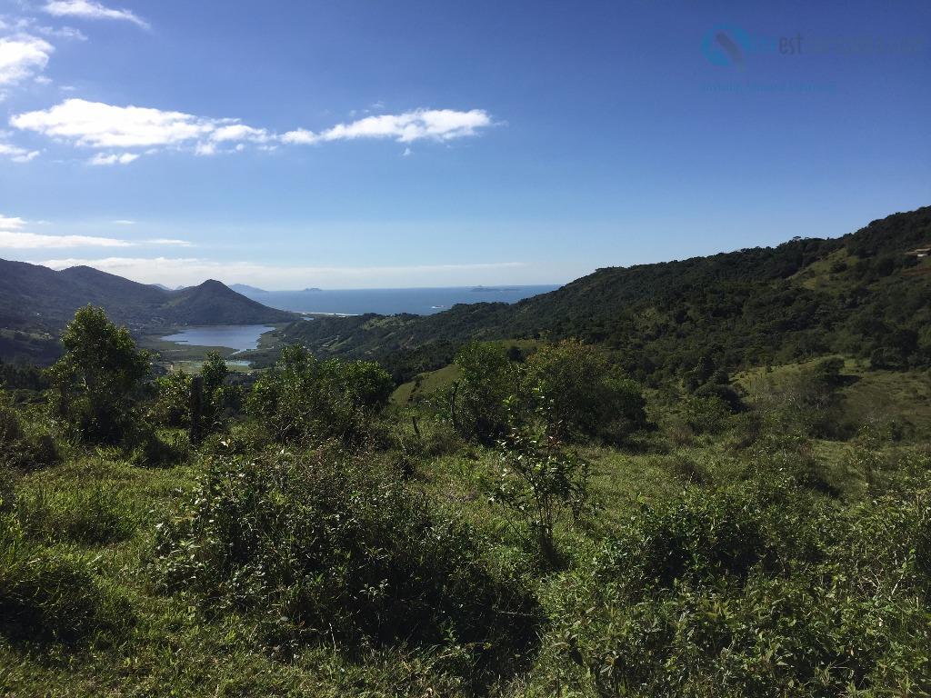 área com 15,8 hectares, com belíssima vista para praia do siriú, e lagoa do macacú. acesso...
