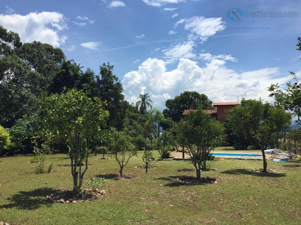 belíssimo imóvel, pra quem é exigente! casa com piscina, pátio arborizado com árvores frutíferas. final de...