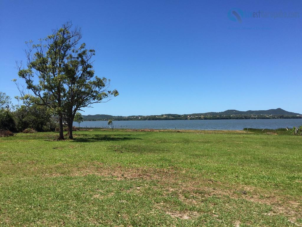 Belíssimo Terreno na beira da Lagoa de Ibiraquera!  Garopaba - SC