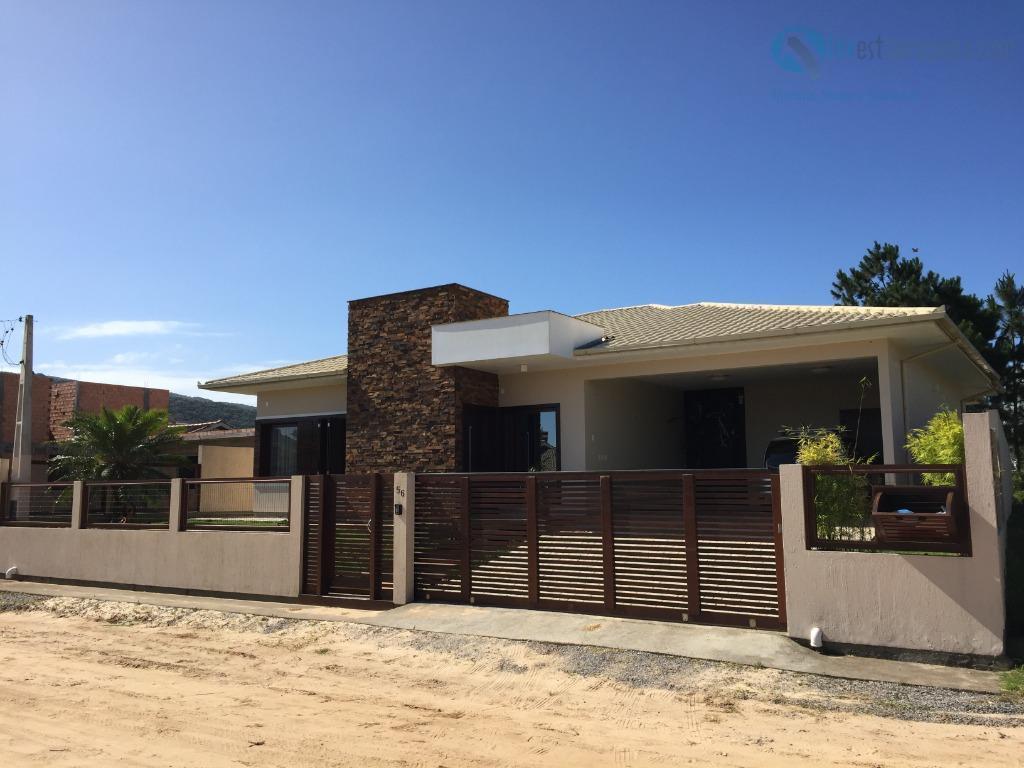 Excelente Casa, com 3 dormitórios ( 2 suítes ) Acabamento de primeira linha!  189m²  de área construída!
