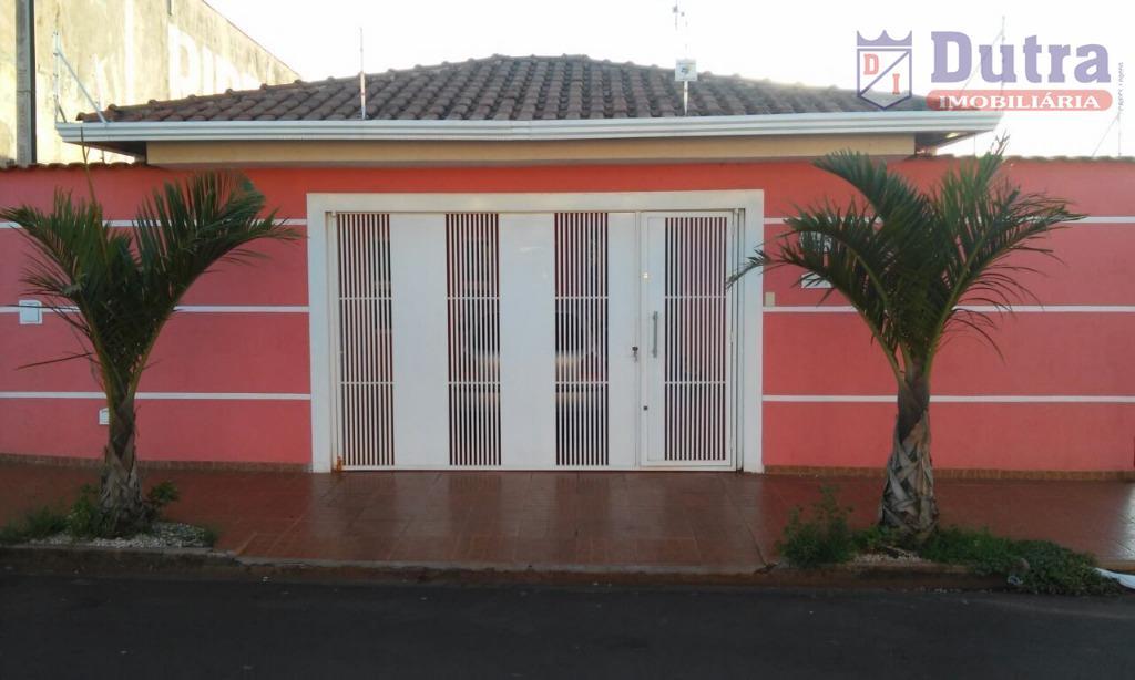 Casa residencial à venda, Jardim Itamaracá, Jardinópolis - CA1015.