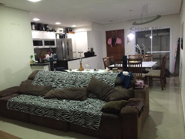 Apartamento Sem Condomínio com Armários Embutidos - Vila Valparaíso, Santo André.