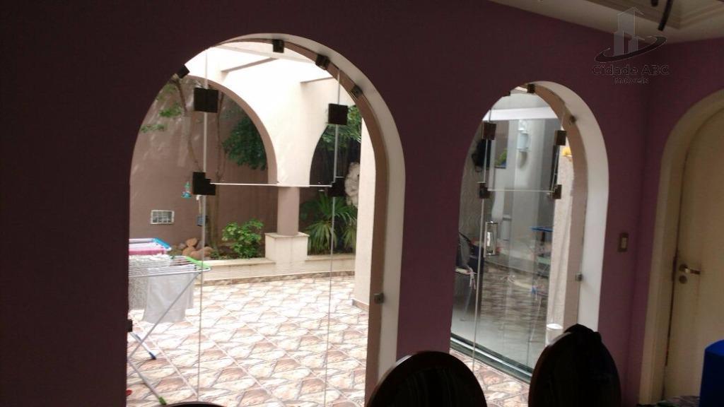 excelente casa assobradada - vila scarpelli - santo andré!estilo mediterrâneo - construção mantovani.área útil de 450m²,...