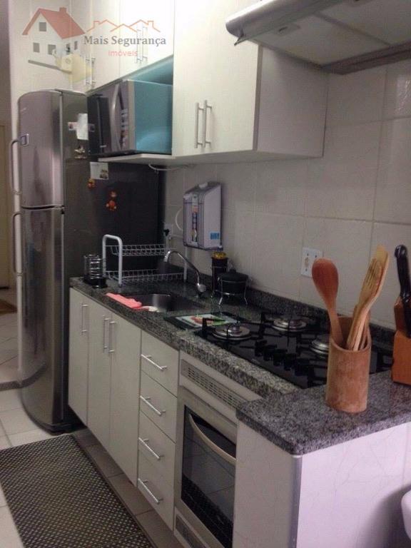 lindo apartamento com sacada fechada em vidro, totalmente mobiliado, com cozinha e quartos planejados, de 3...