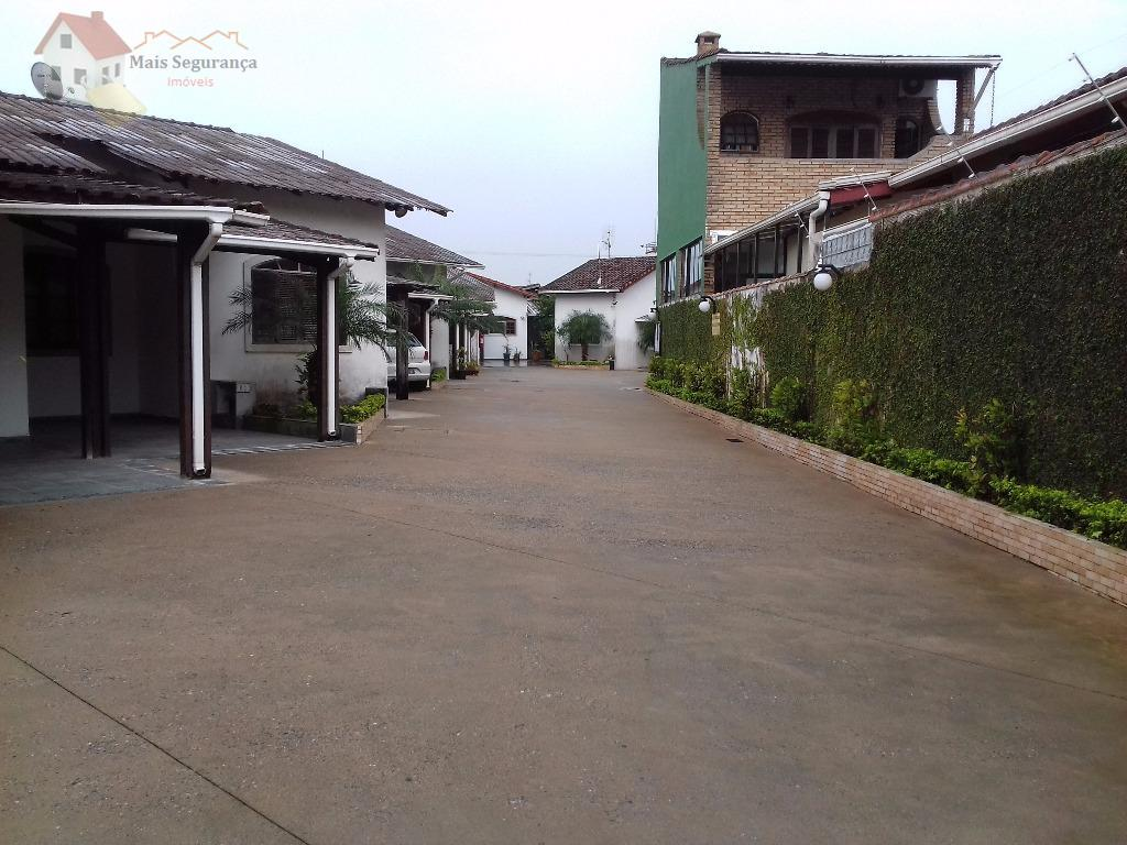 oportunidade!!!casa em condomínio de alto padrão no melhor bairro de praia grande - forte. excelente localização...