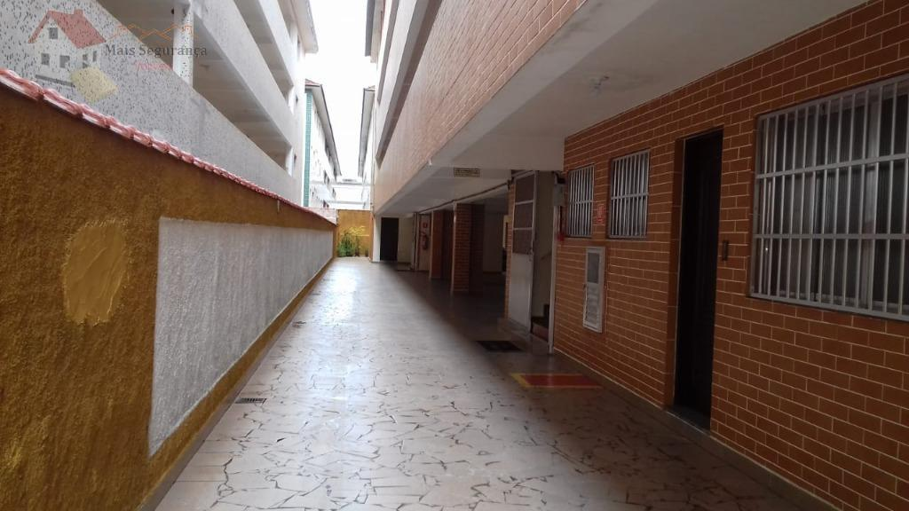 apartamento bem localizado, no bairro mais nobre da praia grande, perto do colégio coc, supermercados, bares,...