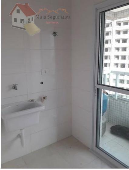 lindo apartamento com 2 quartos, 3 banheiros, 2 vagas na garagem em excelente localização.o apartamento possui...