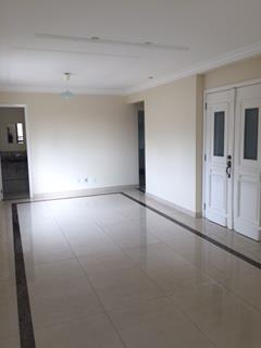 Belo apartamento com 3 suítes, na Vila Adyana, ao lado do Parque Vicentina Aranha.