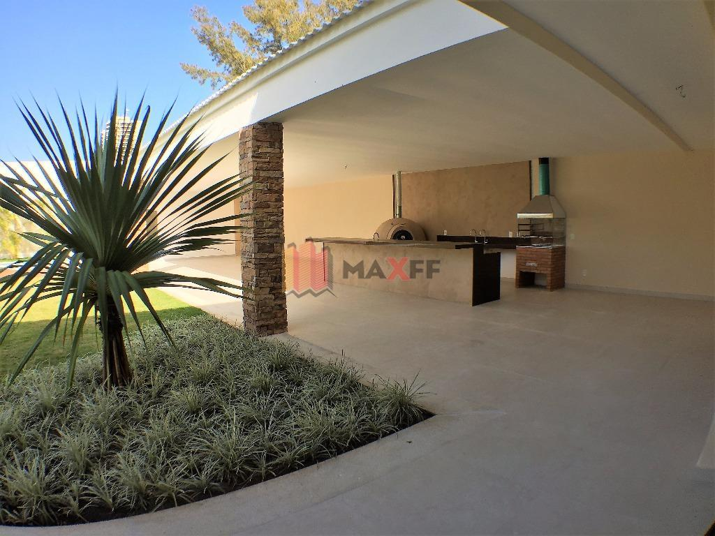 o condomínio pedra de itaúna está situado na avenida das américas, onde é possível identificar a...