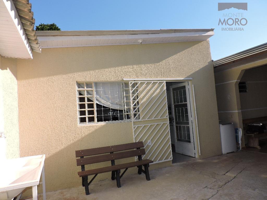 Casa comercial para locação, Jardim Naipi, Foz do Iguaçu.