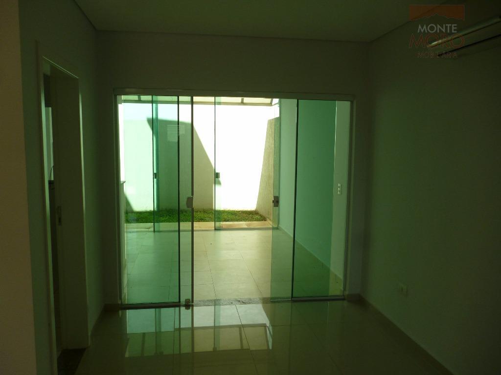 sobrado na vila maracanãimóvel conta com: 03 quartos (sendo uma suíte); lavabo; sala; cozinha; 02 vagas...