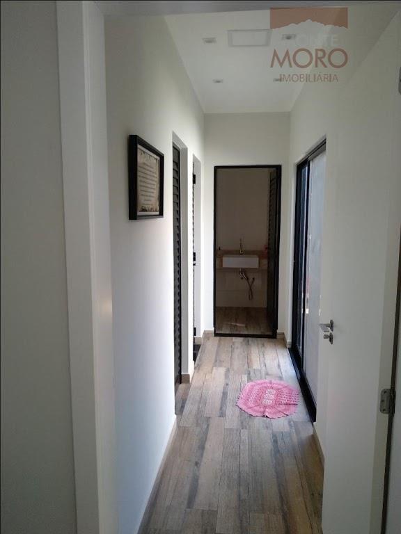 casa localizada no condomínio fechado vila a park, 411,22 de terreno;228,82 m² de área construída,contendo:-- 1...