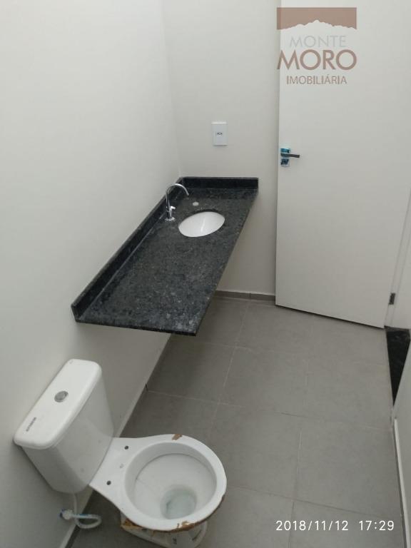 Casa com 2 dormitórios à venda, 78 m² por R$ 240.000