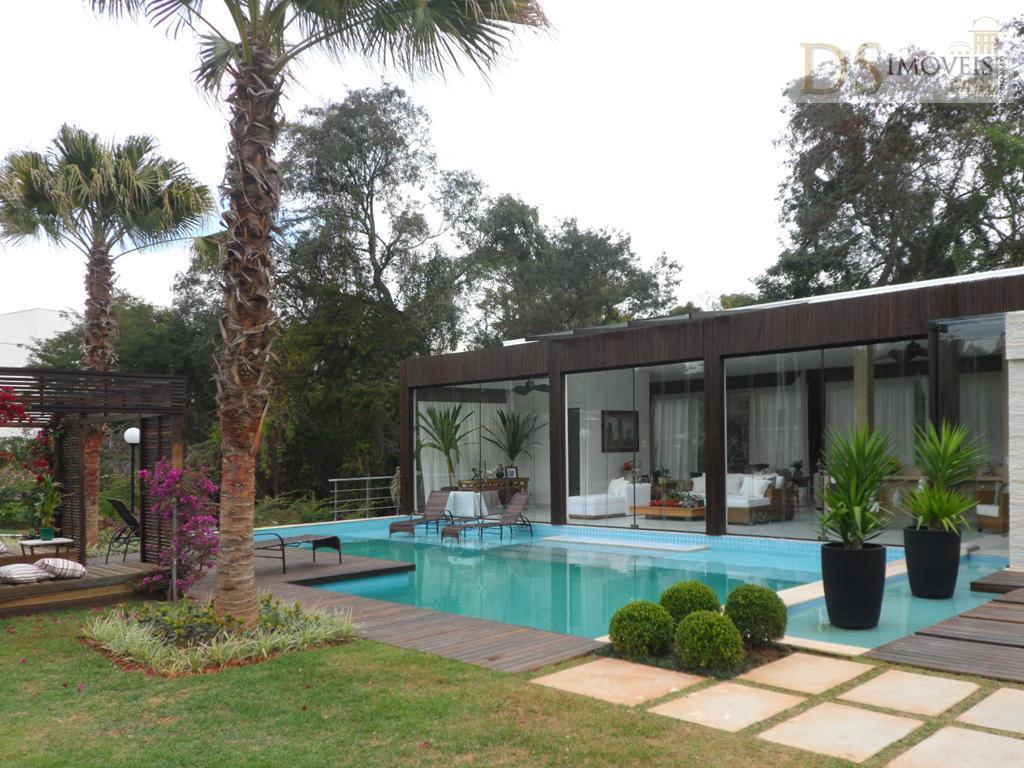 Casa com 5 suítes, em condomínio Fechado Alto Padrão, nova, mobiliada, Itu/SP.
