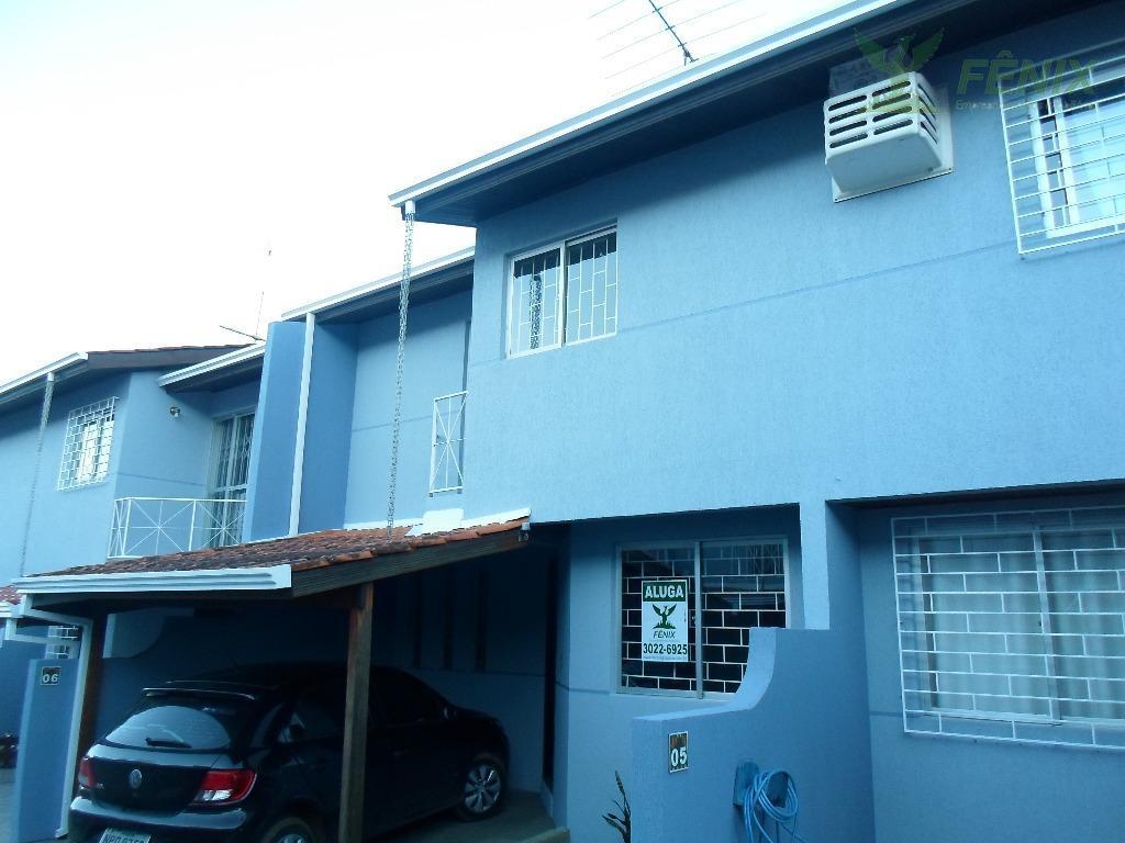 Sobrado com 3 dormitórios para alugar, 72 m² por R$ 1.000/mê