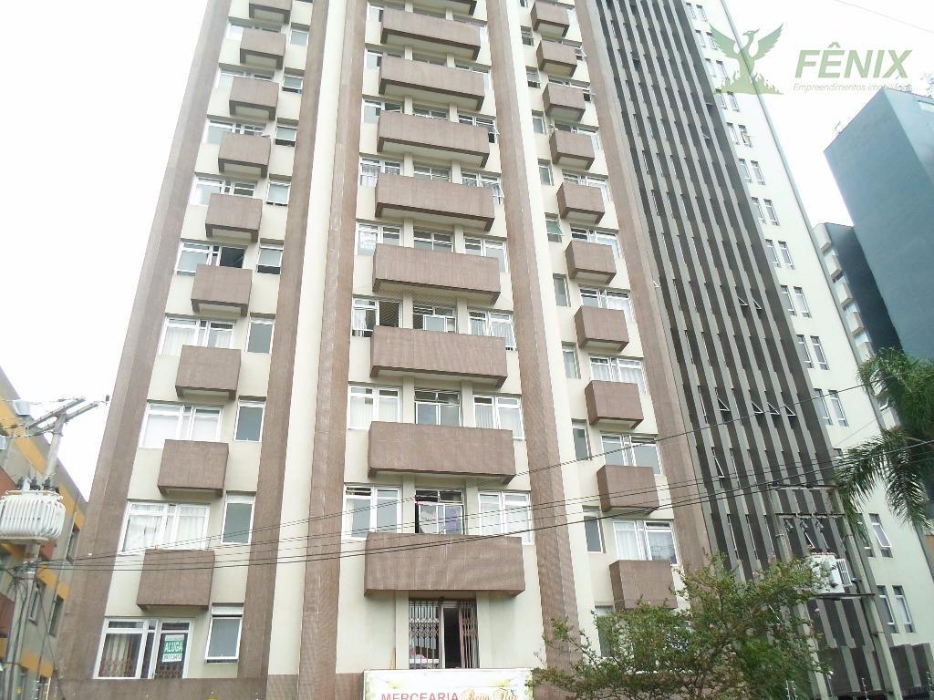 Apartamento residencial para venda e locação, Centro, Curitiba - AP0125.
