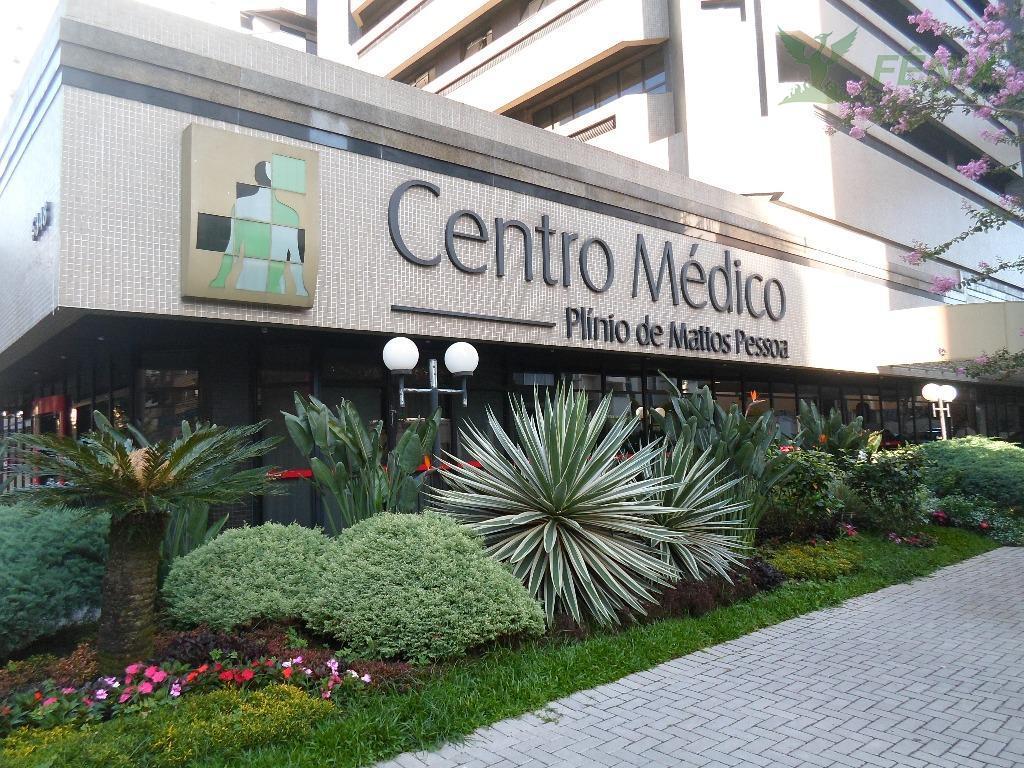 conjunto comercial localizado no centro médico plínio mattos, próximo a praça do japão.fácil e rápido acesso...