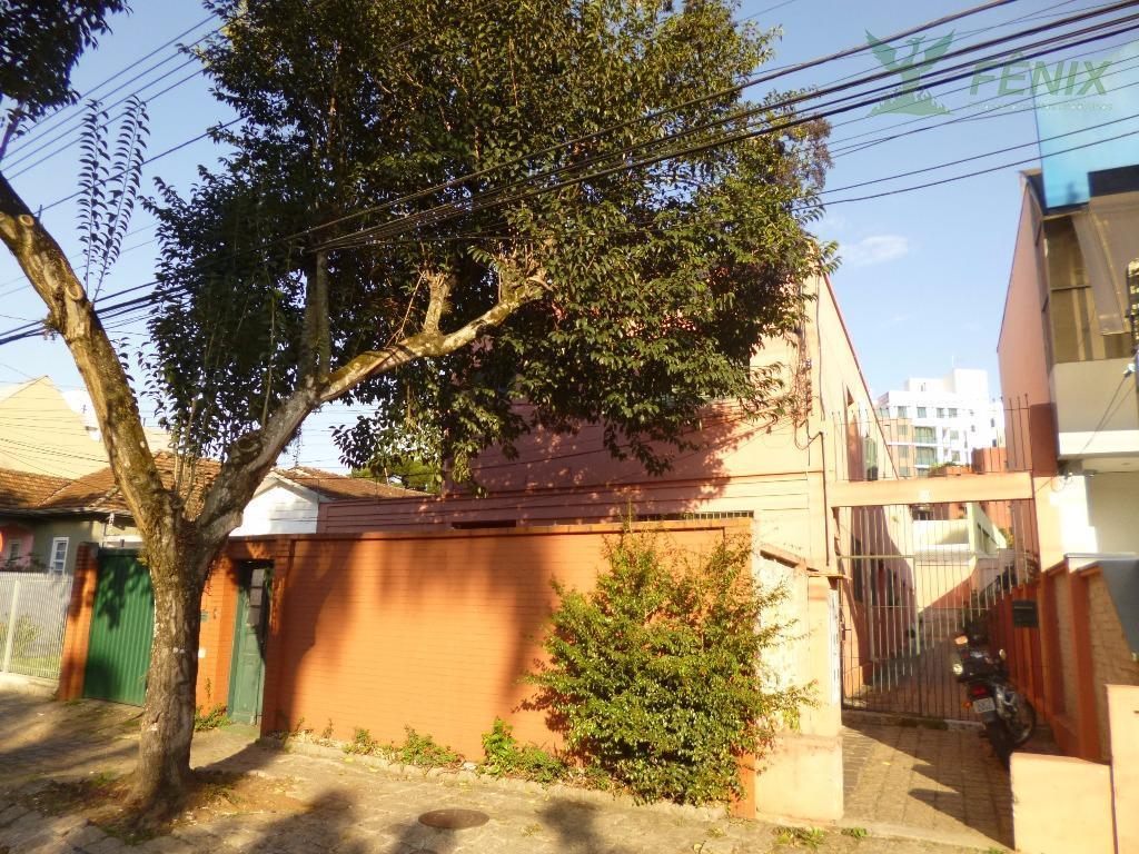 Sobrado residencial para locação, Juvevê, Curitiba.