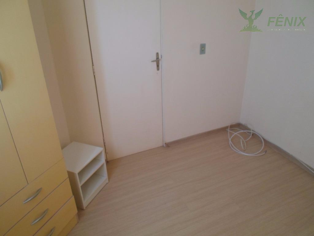 excelente imóvel.quarto com armários. banheiro com box. cozinha com armários e equipada.prédio com portaria 24 horas,...