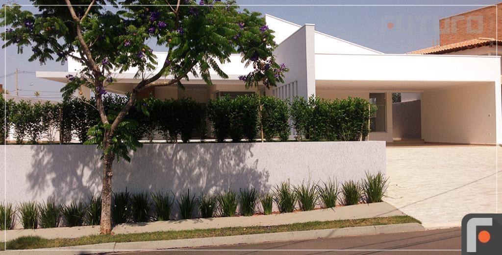 Casa residencial à venda, Jardim Recanto do Bosque, São João da Boa Vista.