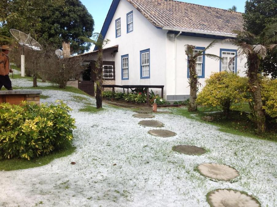 Chácara no Centro do Bairro São Pedro de Alcântara.