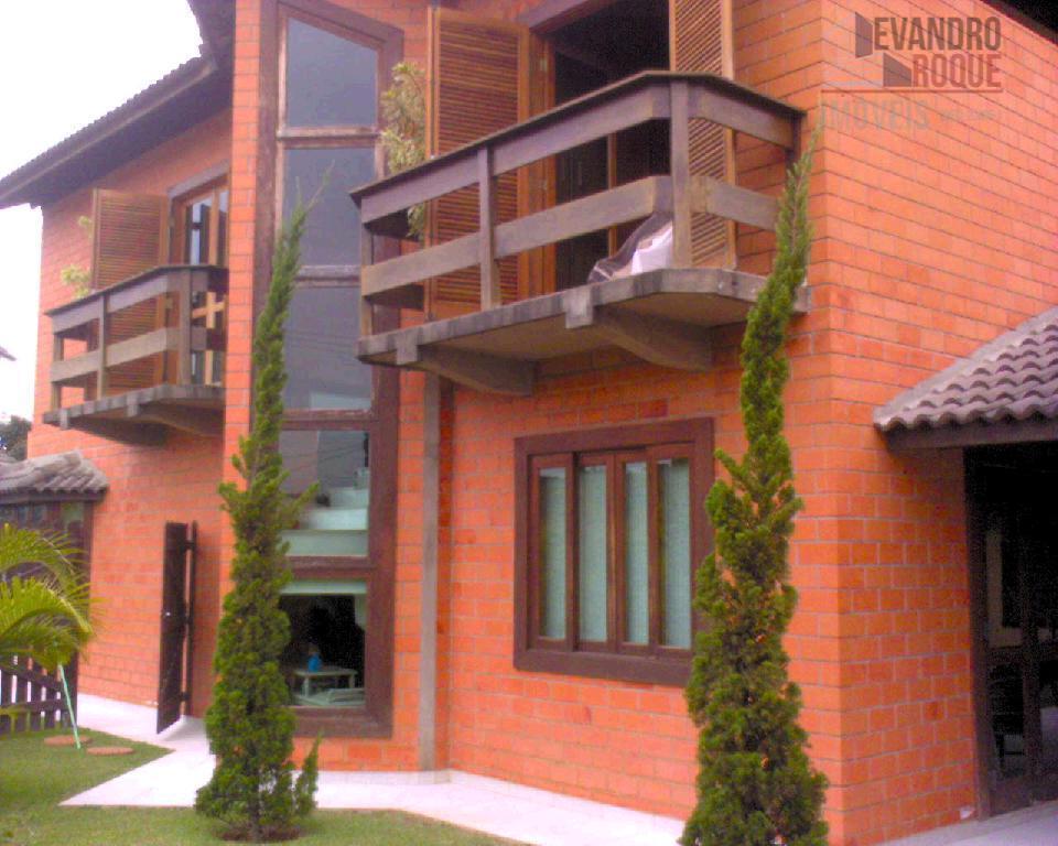 Sobrado residencial à venda, Aruã, Mogi das Cruzes - SO0599.