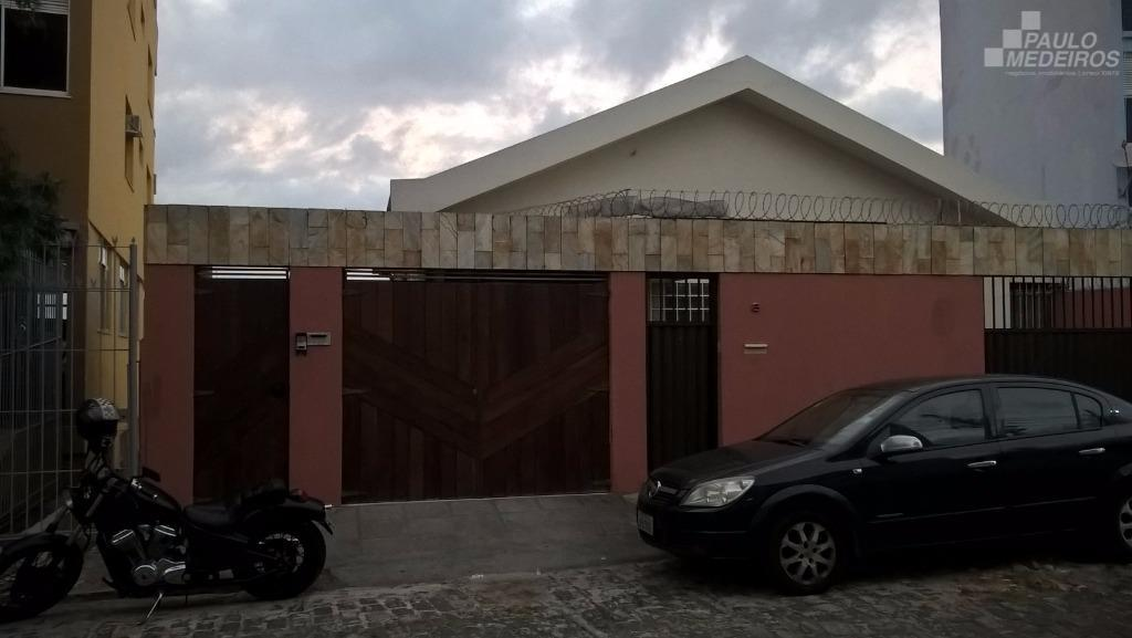 Casa residencial à venda, Barbalho, Salvador.