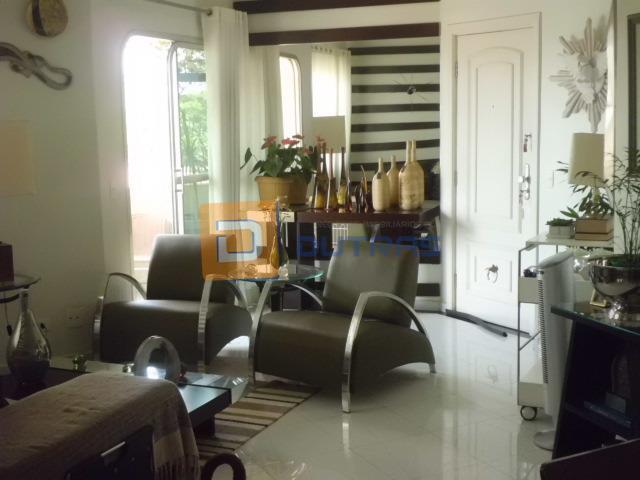 lindo apartamento na área central, 115m² - sala 2 ambientes com pequena sacada, sala tv, cozinha...