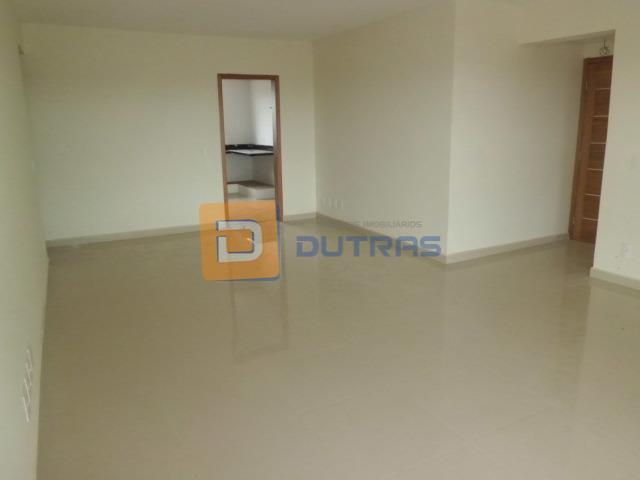 Apartamento residencial à venda, Centro, Rio das Pedras - AP0991.